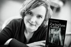 Autorenfoto Kathrin Wildenberger: Foto-Studio Pötzsch